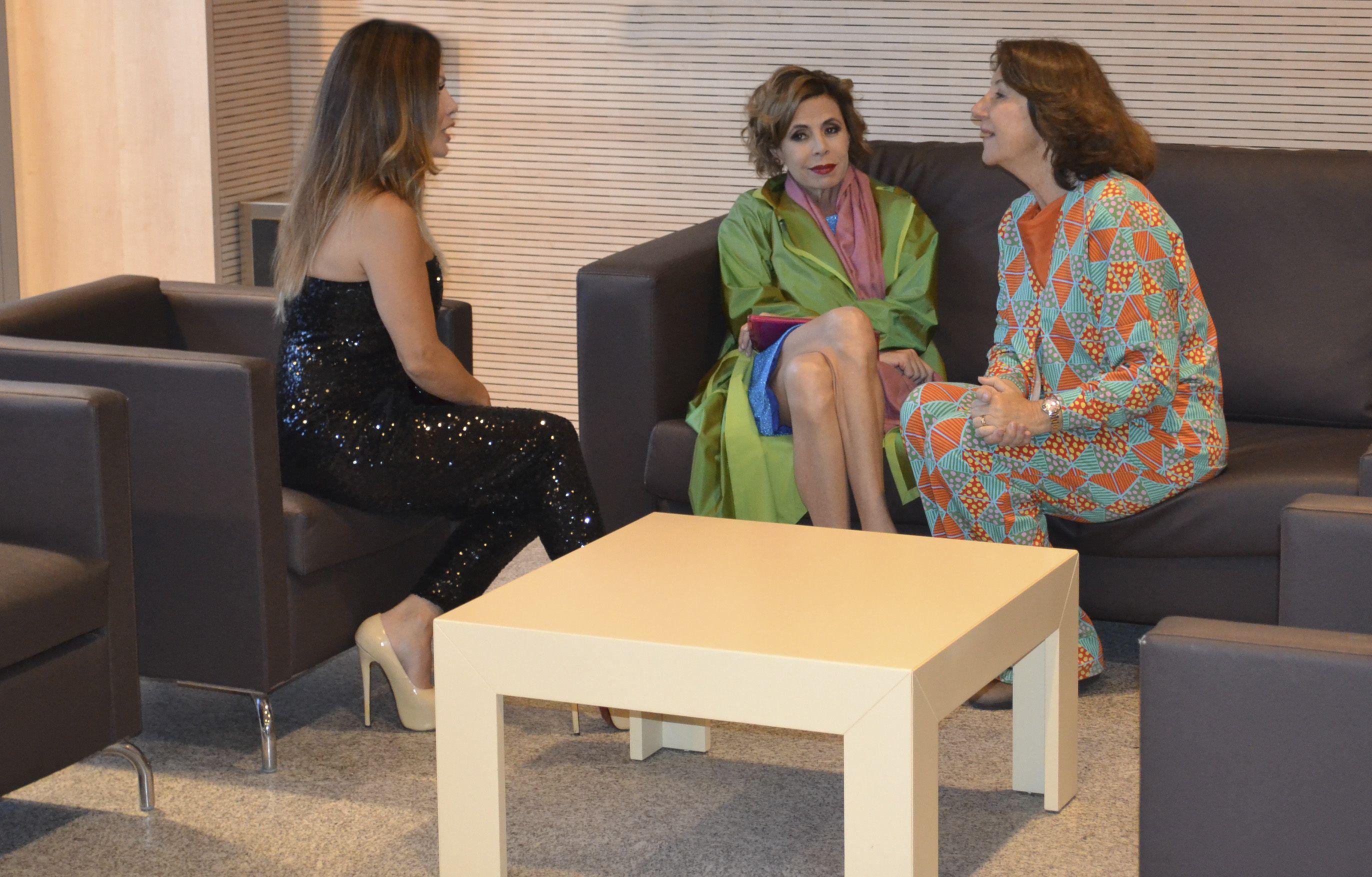 Lorena Morlote con Agatha Ruiz de la Prada peluquerias madrid
